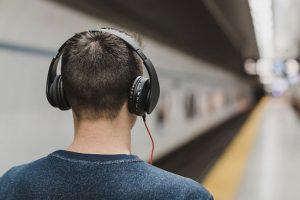 listen-binaural-beats-downloads-travel