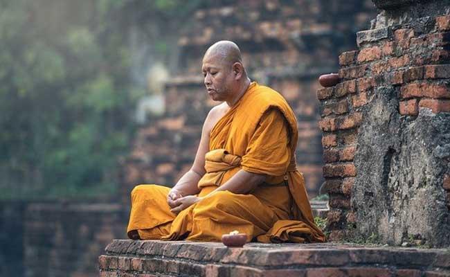 buddhist-monk-gamma-synchrony